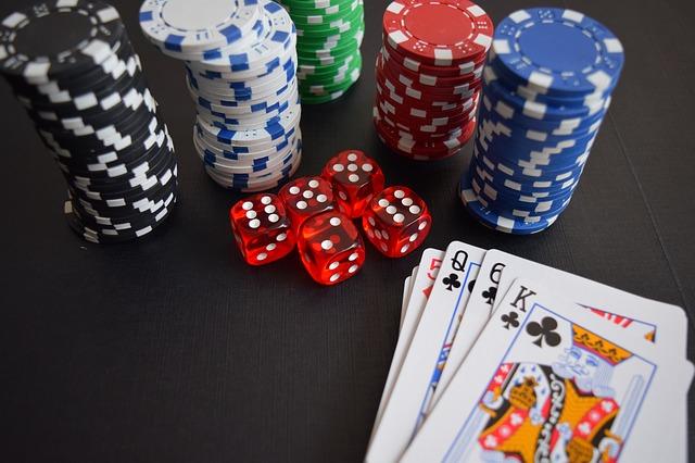 オンラインカジノのエンパイアのブラックジャック 攻略法はどれくらい?